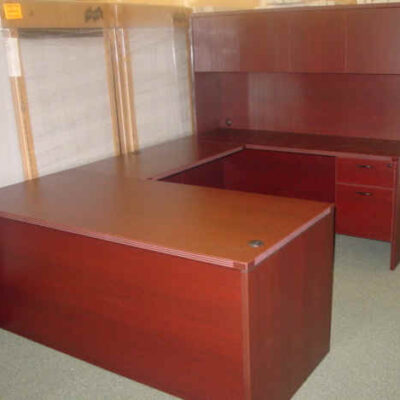 "66"" X 96"" executive U with hutch"
