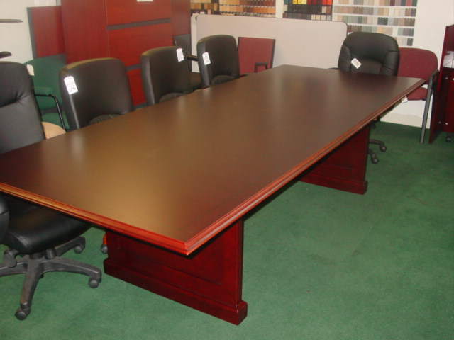 Traditional Conference Table Wood Veneer Mad Man Mund - Traditional conference table