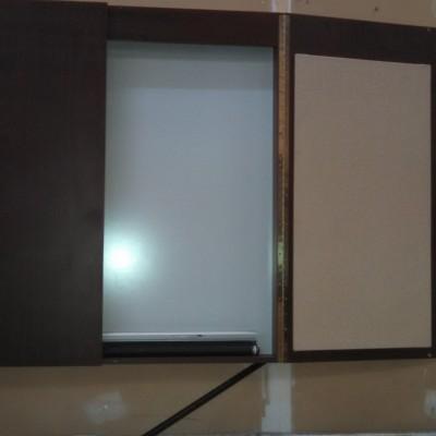 Used 2-door presentation cabinet mahogany