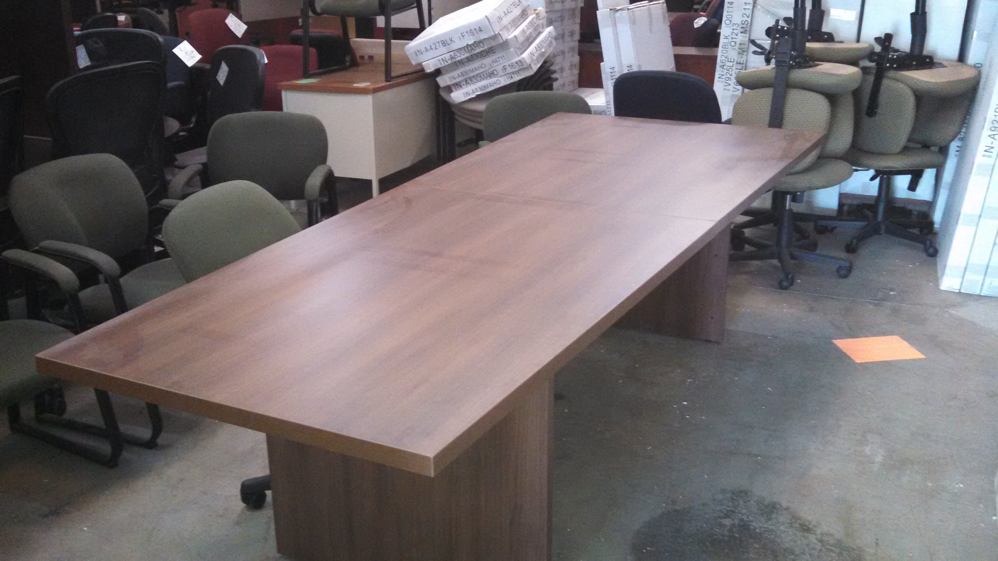 Picture of: Groupe Lacasse 10 A Shape Conference Table Mad Man Mund
