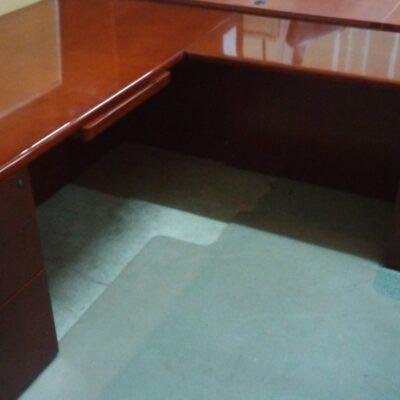 Wood Veneer Radius L-Desk Cherry