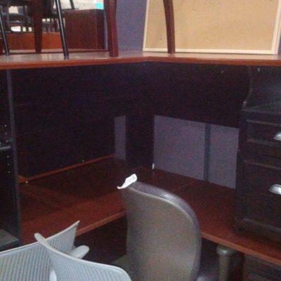 Used 5x5 L-shape desk