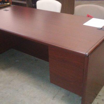 """Used Mahogany HON 10700 36"""" x 72"""" desk"""