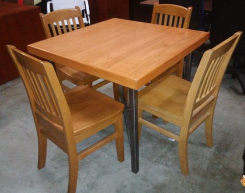 Used square table and 4 chairs oak