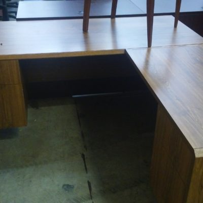 Used Groupe Lacasse desk w/ right return