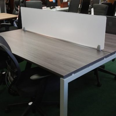 Benching workstation with acrylic divider Gray laminate