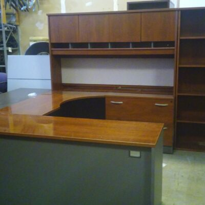Used BUSH executive U & hutch