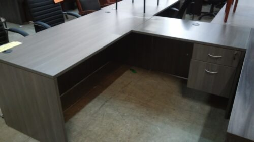 L-shape desk 5.5'x6' gray