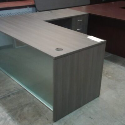 SP-OS acrylic front desk with return gray